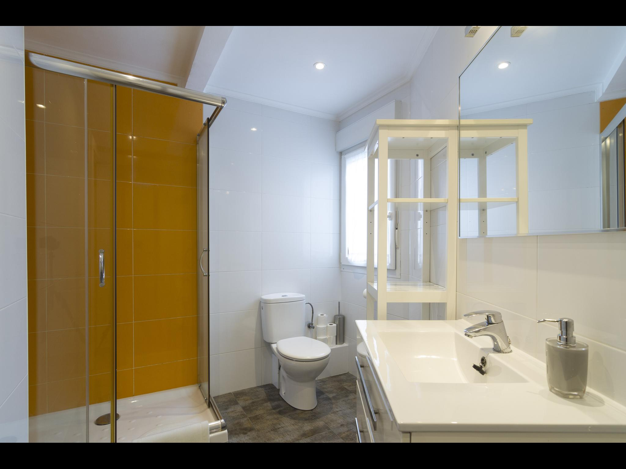 Santutxu - Private bedroom in Bilbao