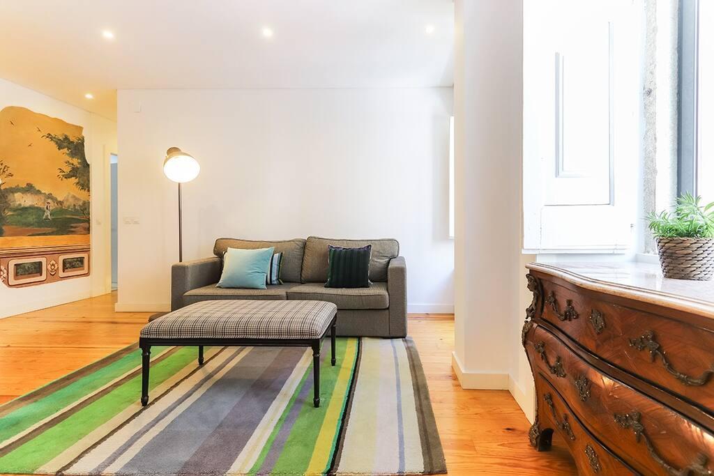 José 2 - Elegant and Cozy Apartment in Lisbon