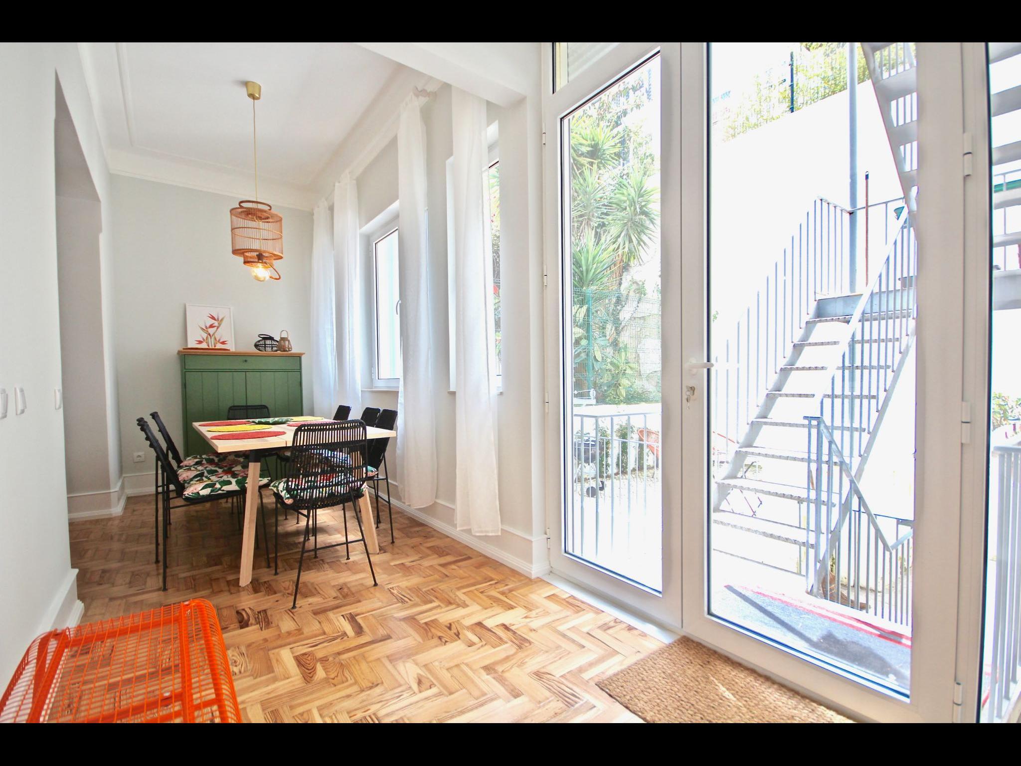 Ortigão - Spacious Apartment with View in Lisbon