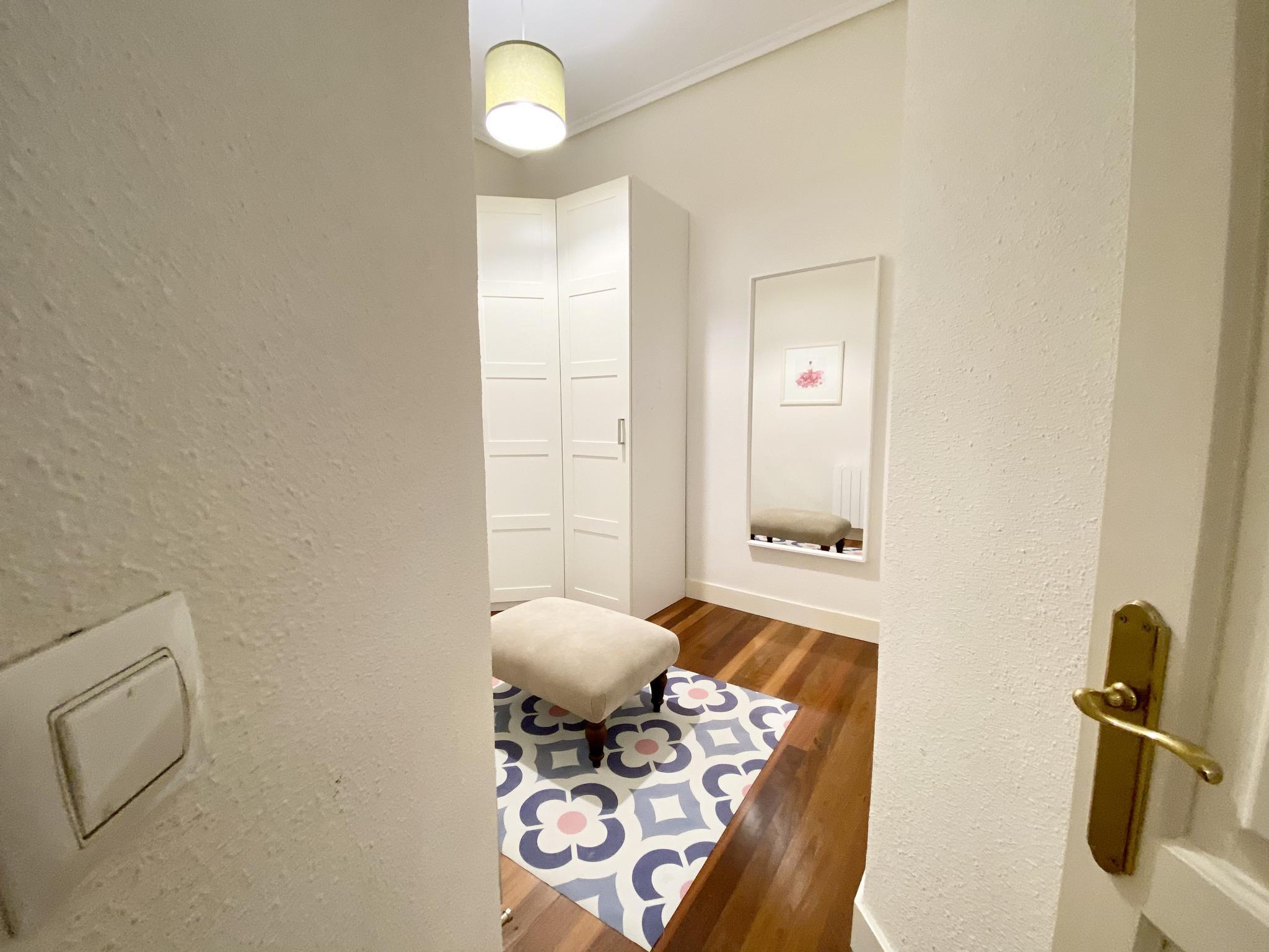 Espaciosa habitación en piso compartido en Bilbao