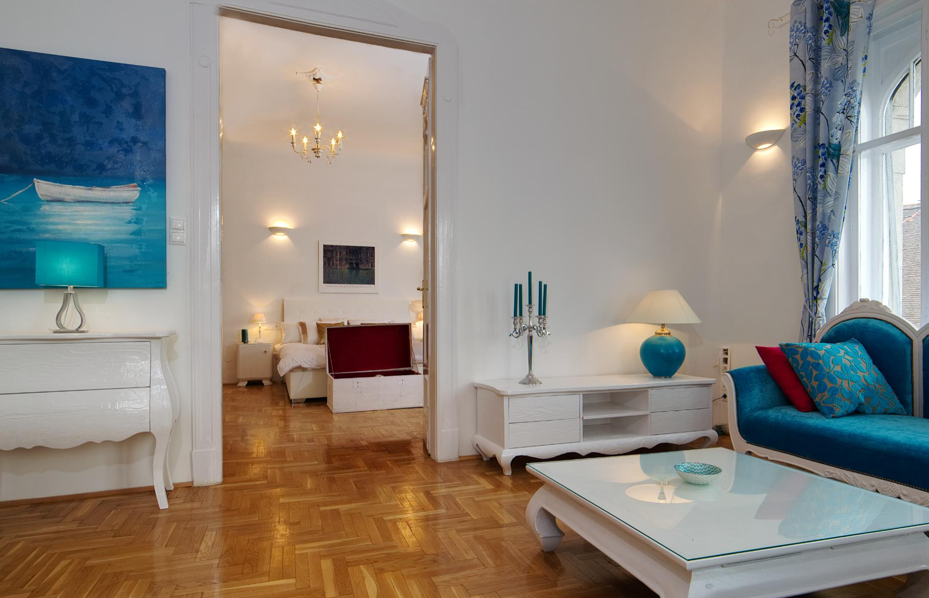 Kiraly - 3 bedroom flat in Budapest