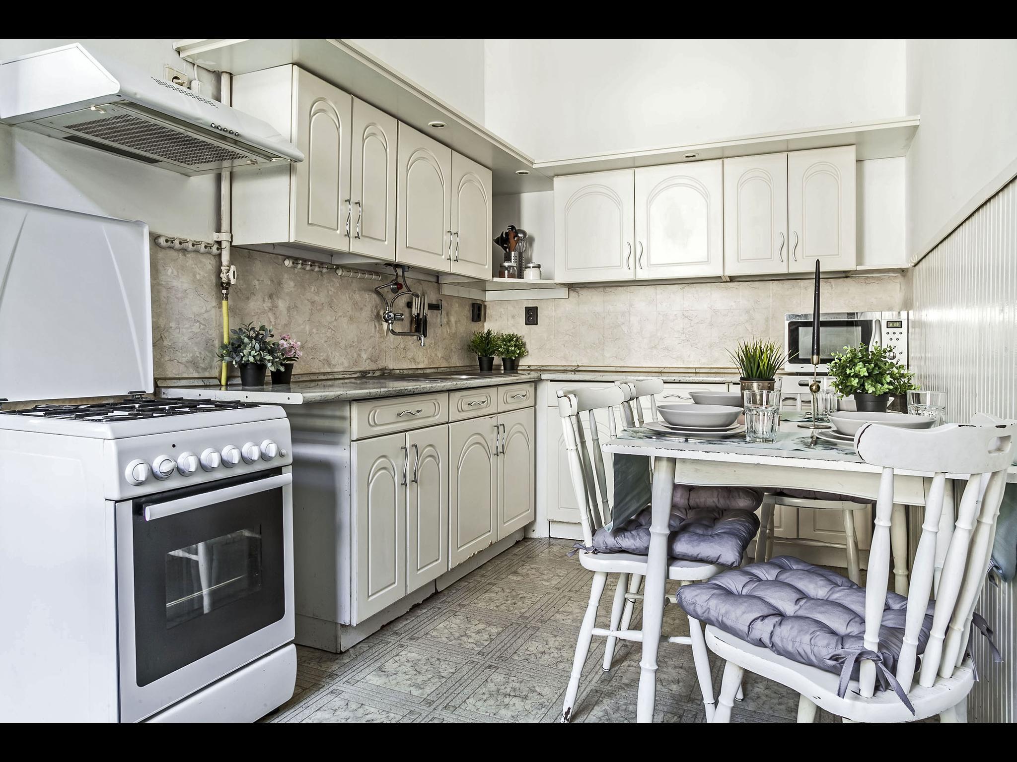 Erzsebet - Cozy bedroom rent in Budapest
