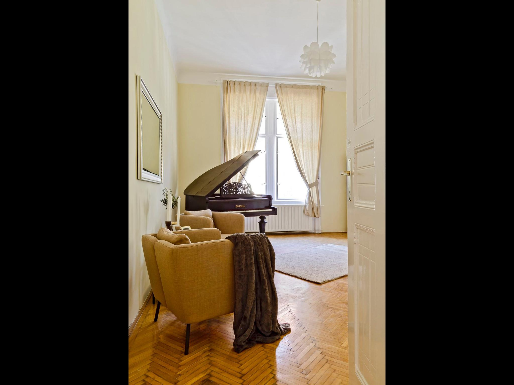 Brody - Private room apartment in Budapest