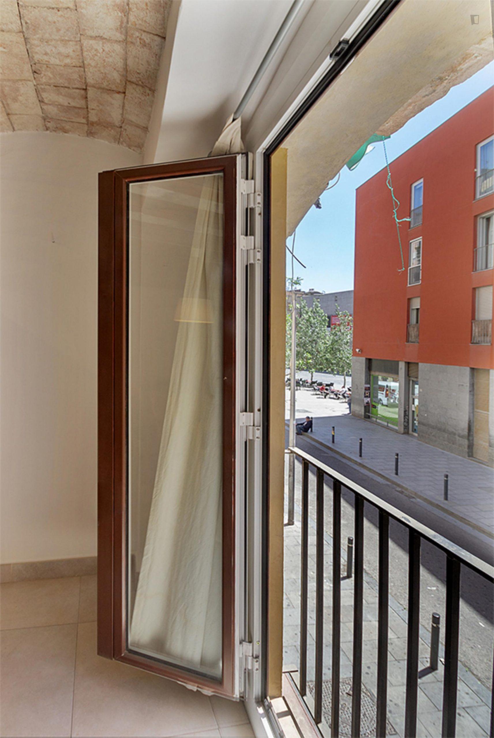 Robador - Bright studio in Barcelona
