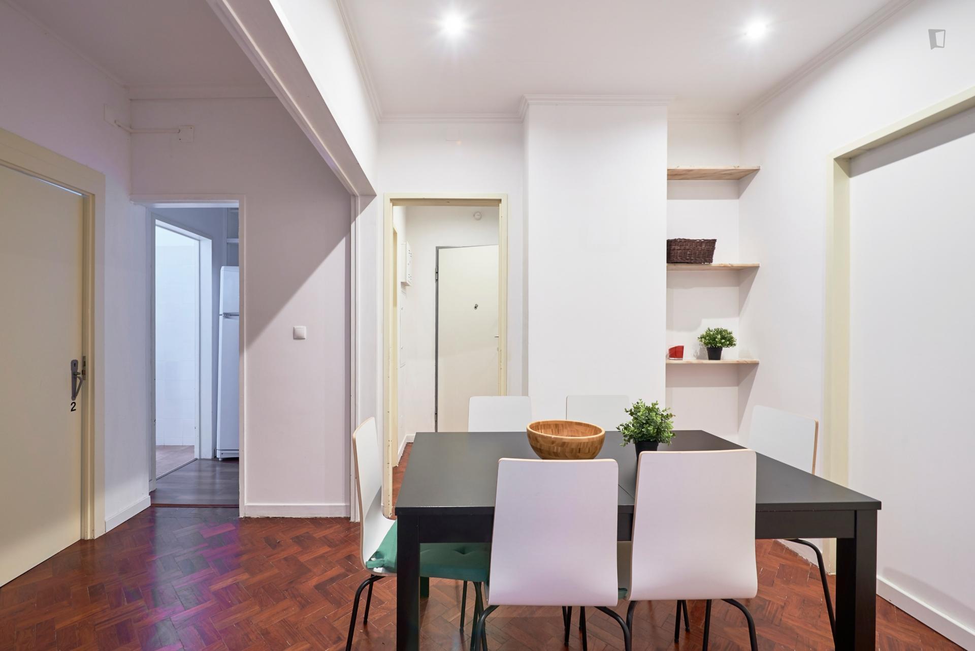Bombarda- Bright shared flat in Lisbon