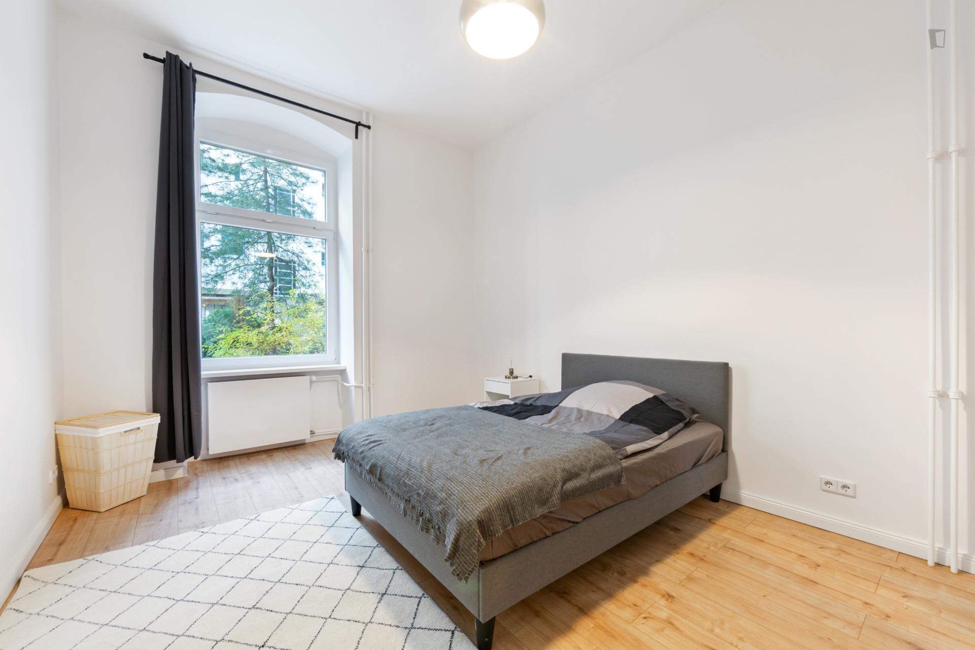 Grafe - Spacious expat flat in Berlin