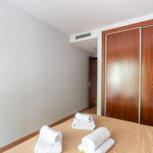 Industria - Moderno piso amueblado en Barcelona