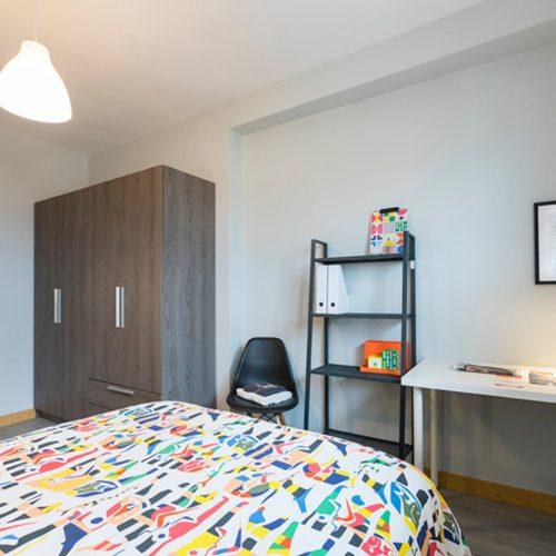 Zurbaranbarri - Dormitorio en piso en Bilbao