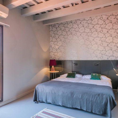 Reial 2 - Beautiful apartment in Barcelona
