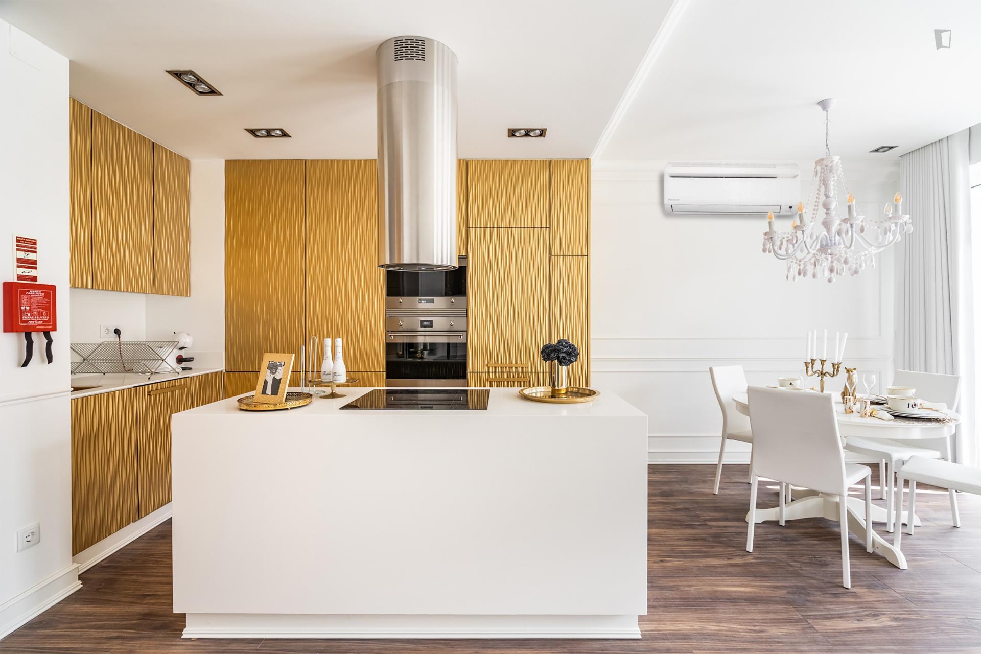 Barbadinhos - 2-bedroom apartment in Lisbon