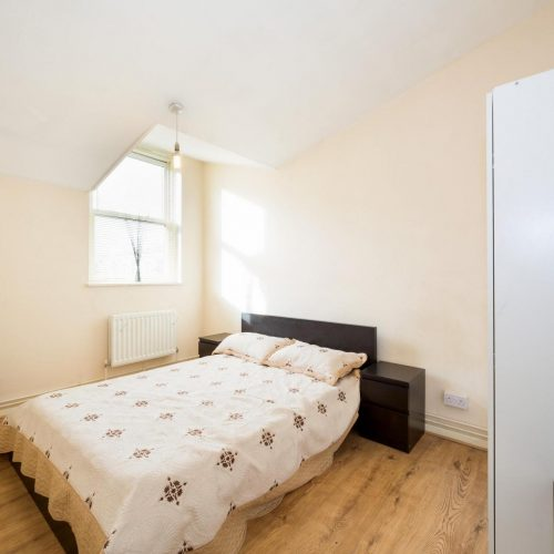 Brixton - Bedroom in shared flat in London