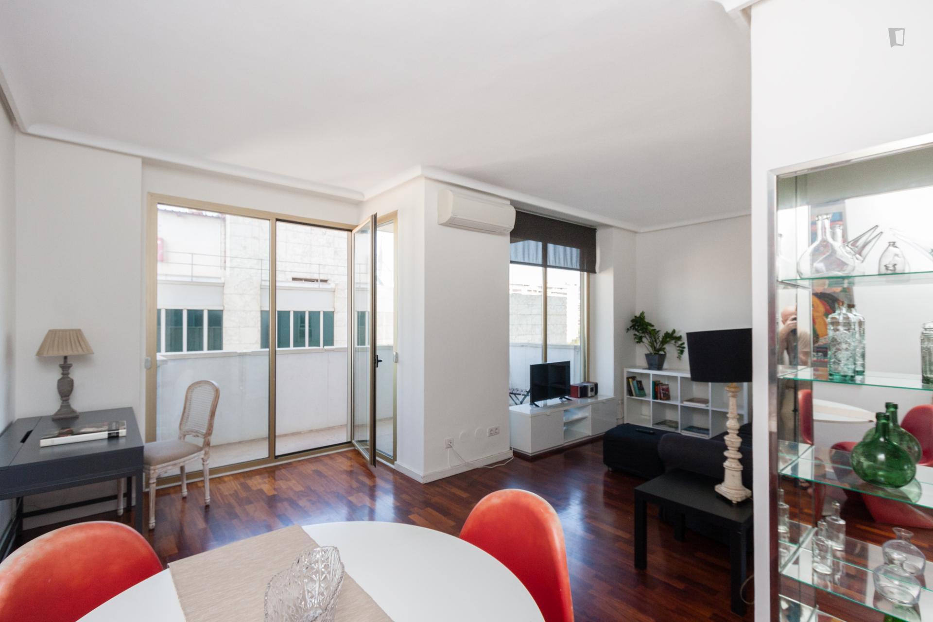 Diagonal 2 - Modern rental in Barcelona