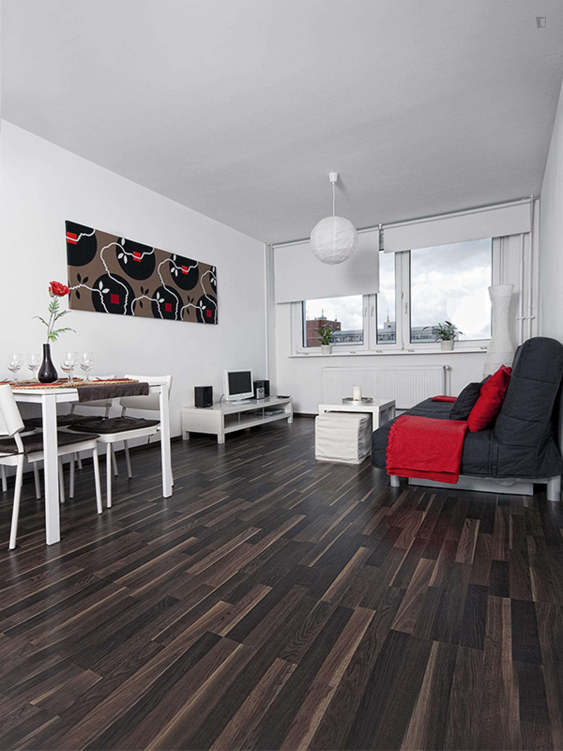 Roch 2 - Expat flat in Berlin city centre