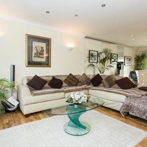 Barking - Wonderful double bedroom London