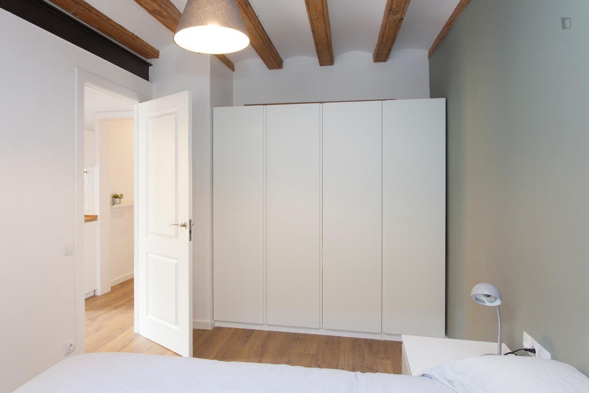 Carretes - Lovely furnished apartment in Barcelona