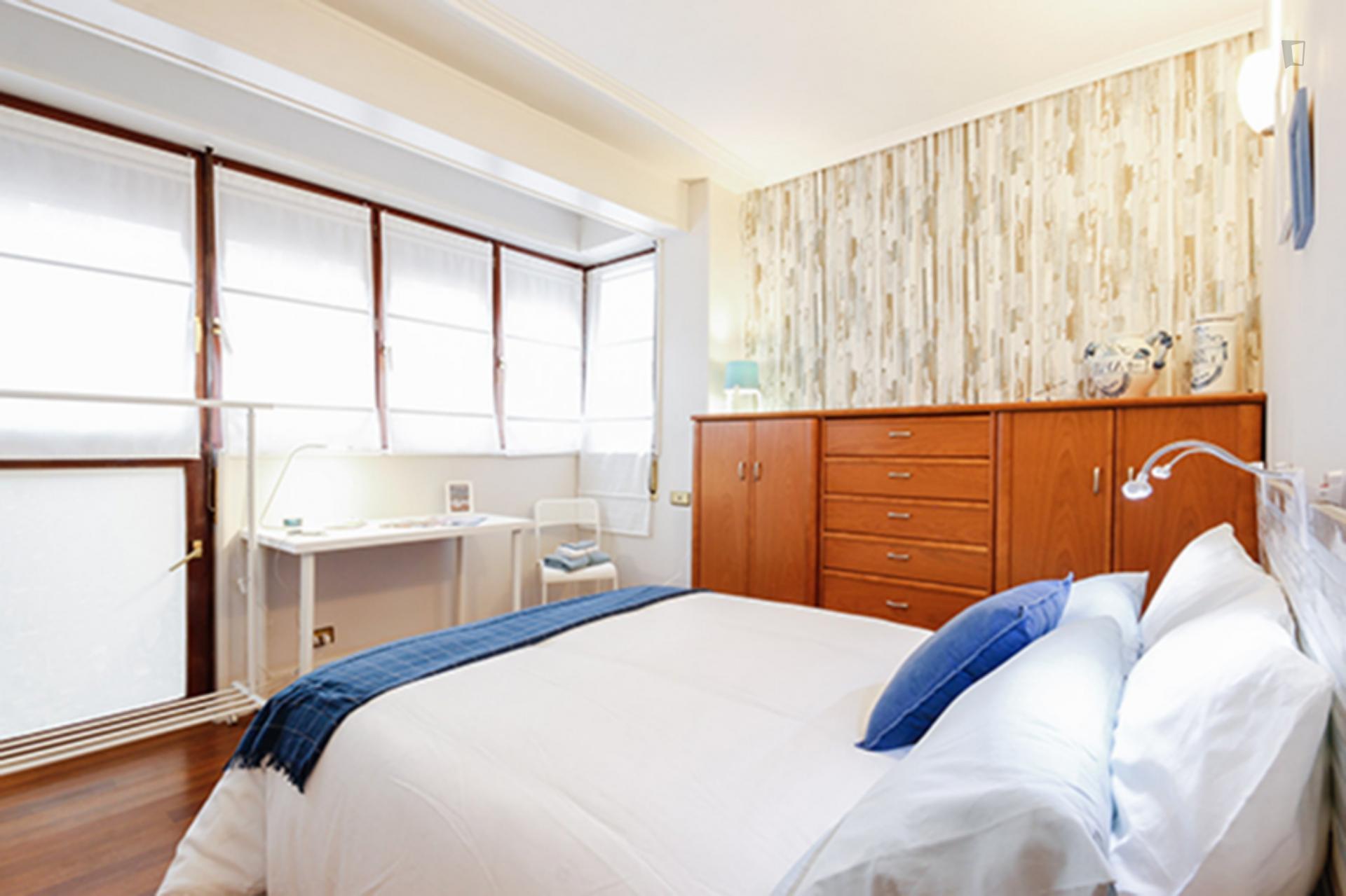 Kalea 18- Habitación en un moderno apartamento Bilbao