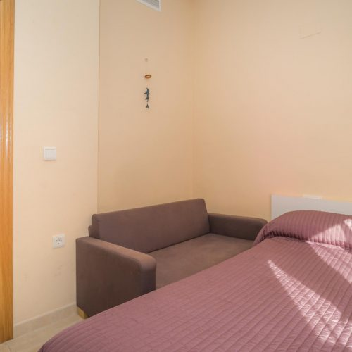 Campello - Double bedroom apartment for single use in Alicante
