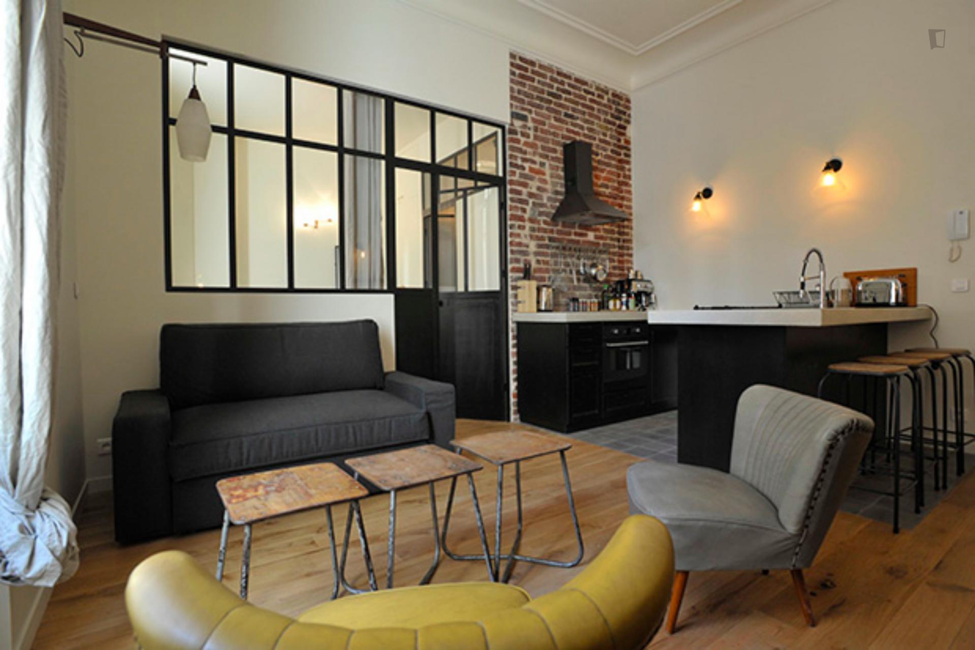 République - Beautiful loft for expats in Paris
