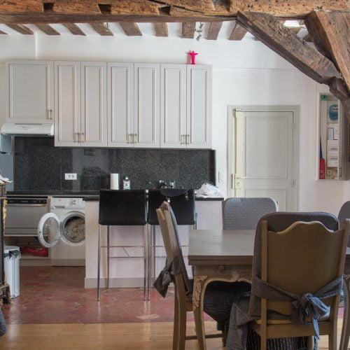 Rue Saint-Louis- 2 Bedroom apartment in Paris for expats