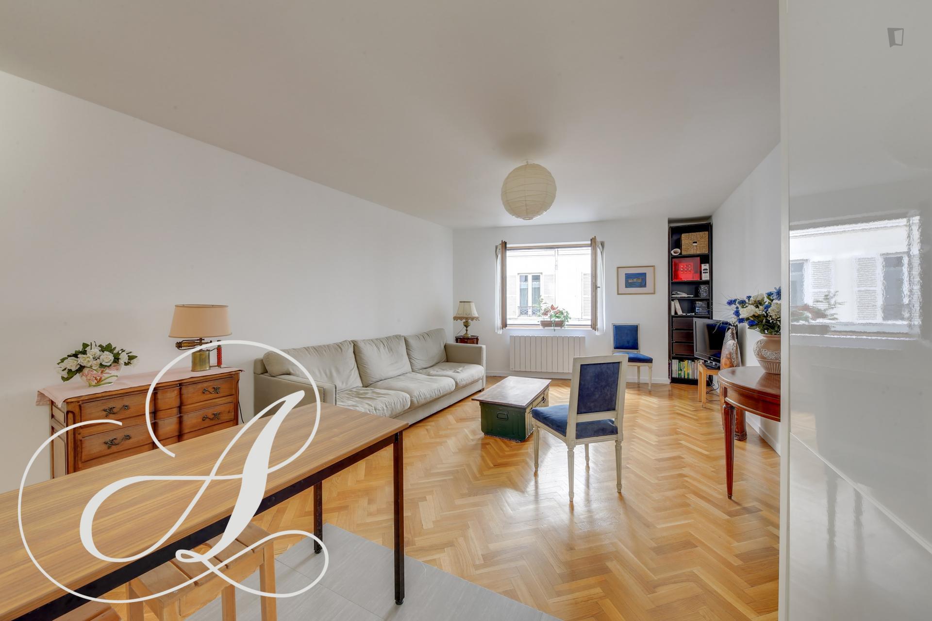 Vinaigriers - Comfortable flat in Paris