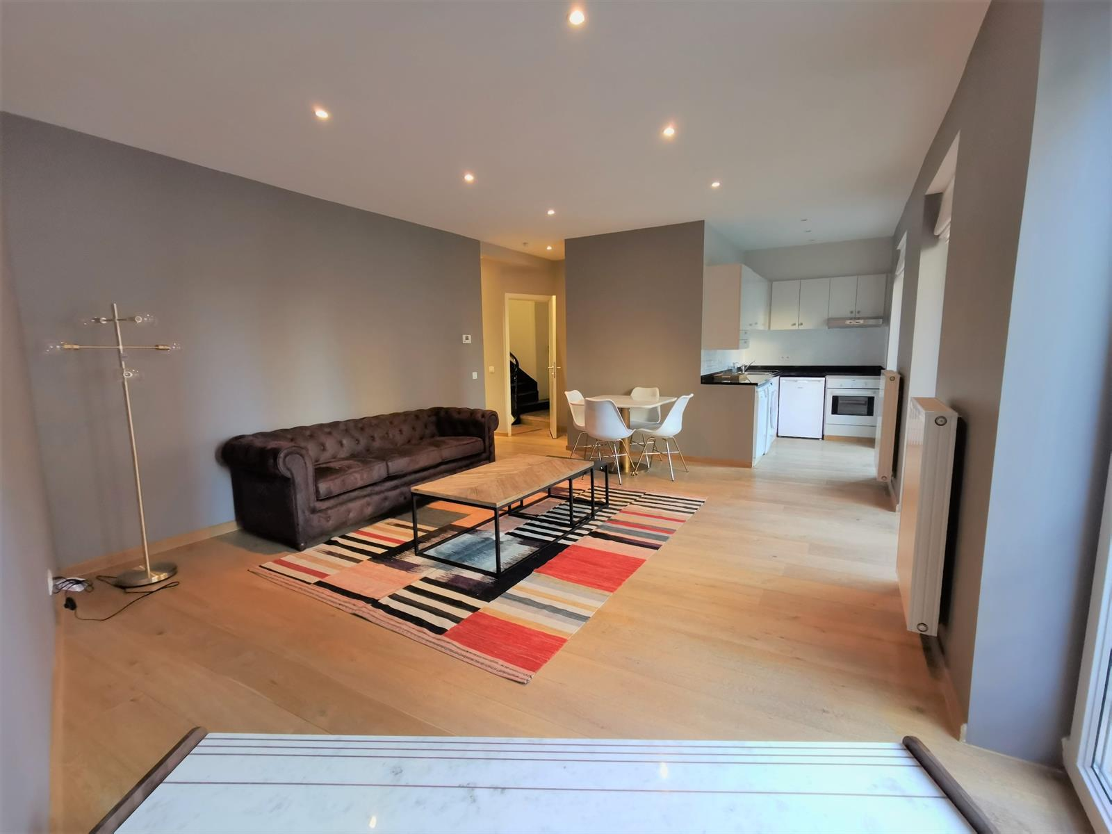 Minimes - Spacious apartment in Brussels for expats