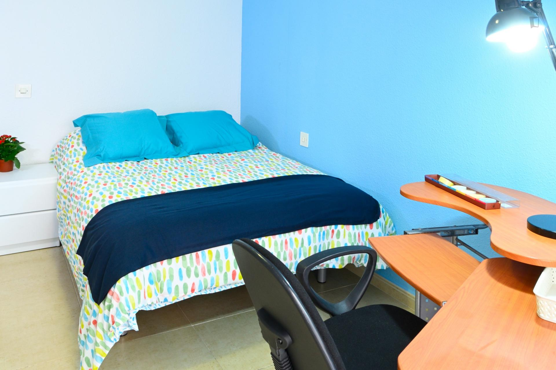 Puerto -Double Room for Single in Alicante