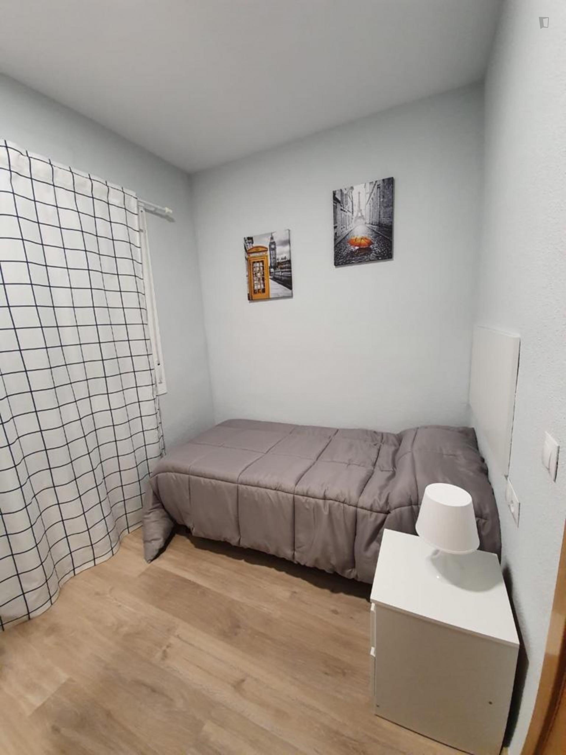 Barcelona - Spacious 3 bedroom apartment in Malaga
