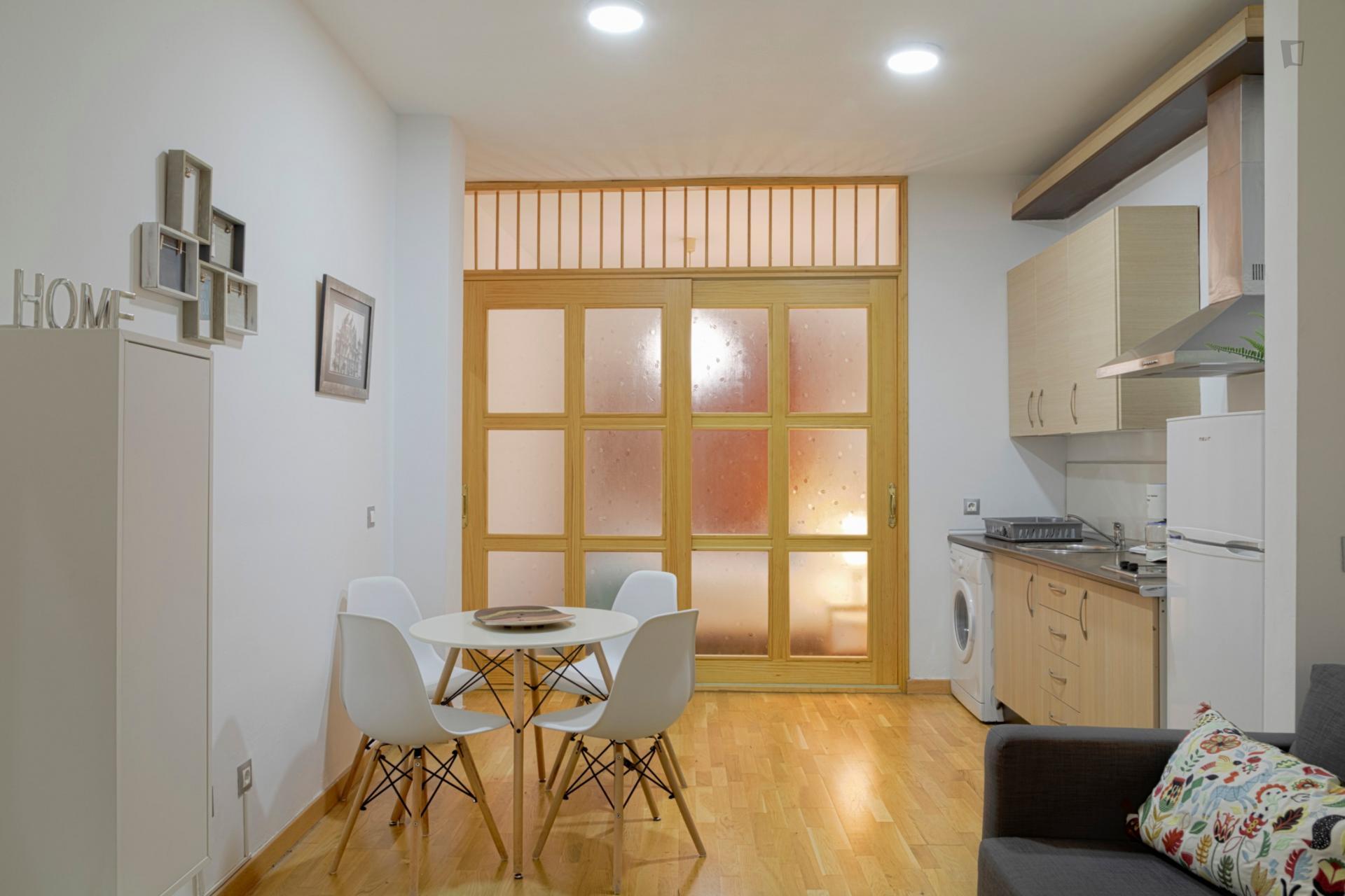 Jinetes- Classy 1 bedroom apartment in Malaga