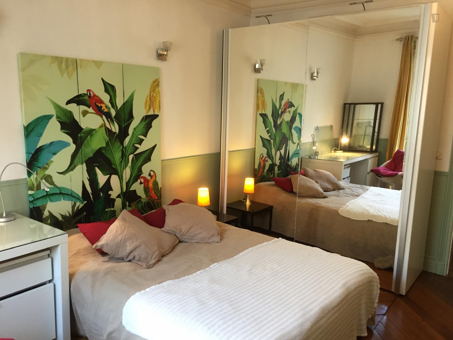 Labie - Bedroom in an apartment in Paris
