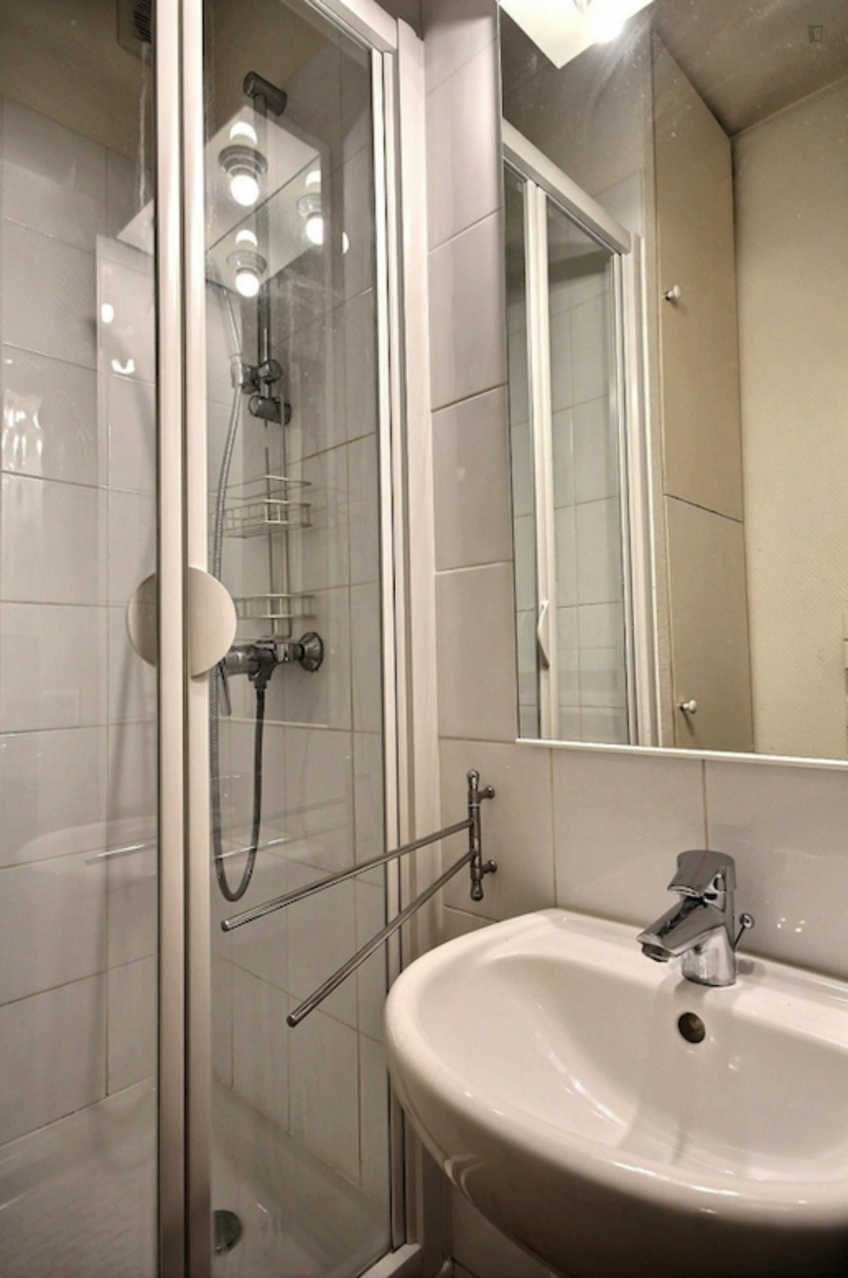 Vaugigard- Cozy Flat with View in Paris for Expat