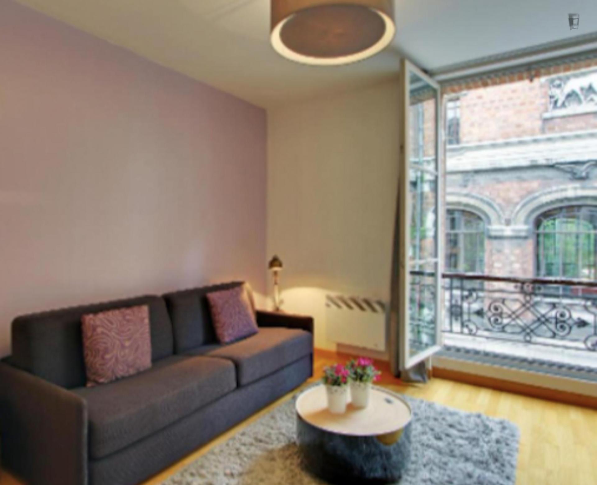 Rue Buffon-Luxurious and Modern Flat in Paris