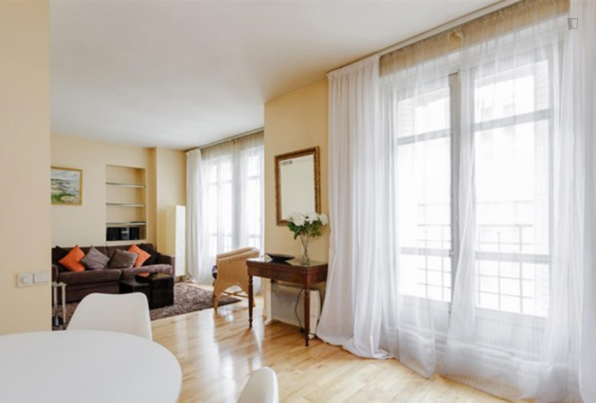 Rue Galande - Furnished apartment in Paris