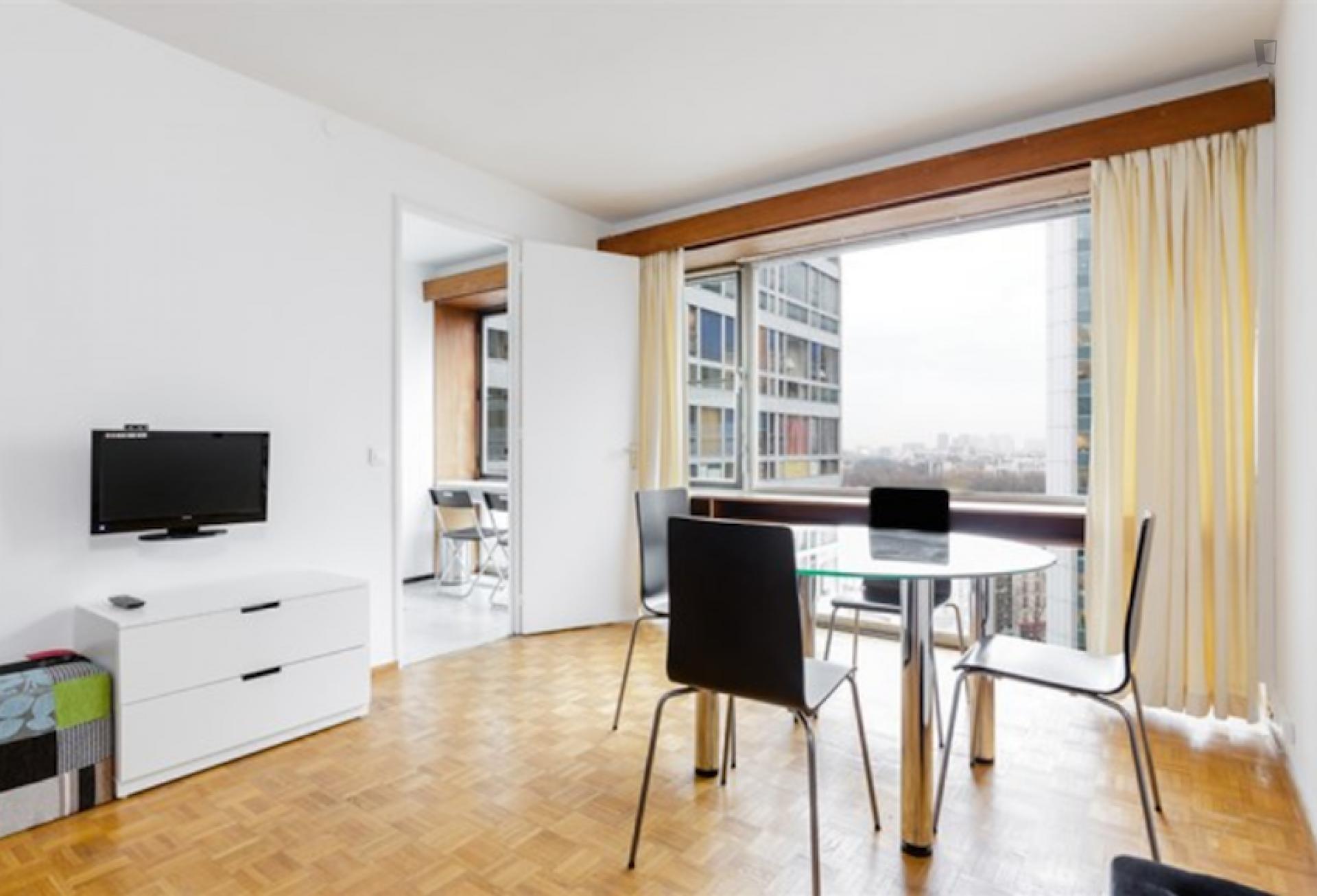 Mouchotte- Stylish 1 Bedroom Apartment in Paris