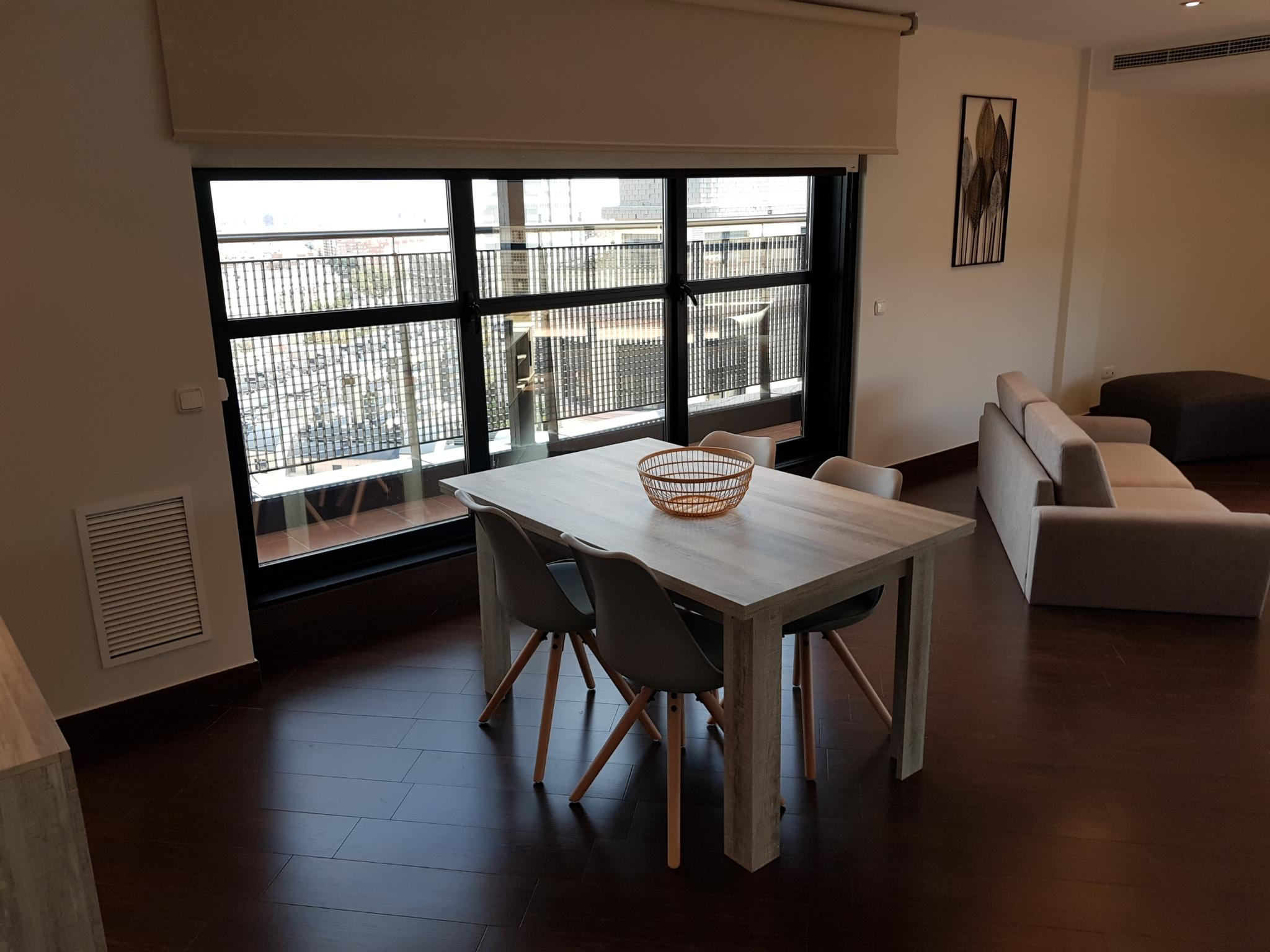 Las Cortes - Exclusive expat apartment in Valencia