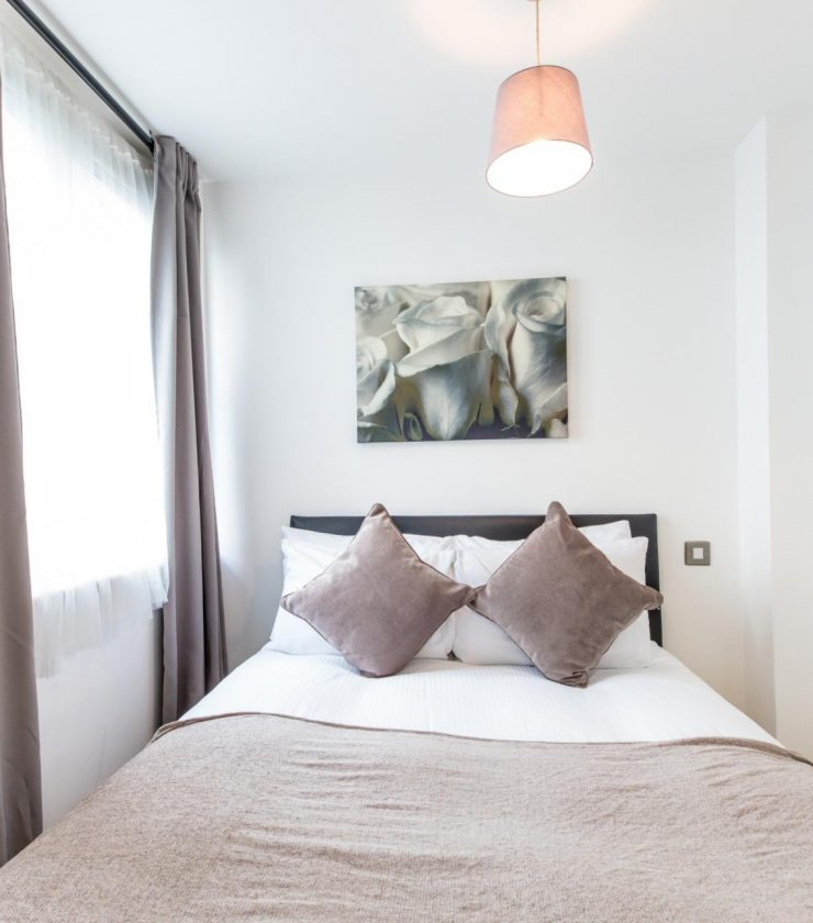 Bride - Furnished expat apartment in London